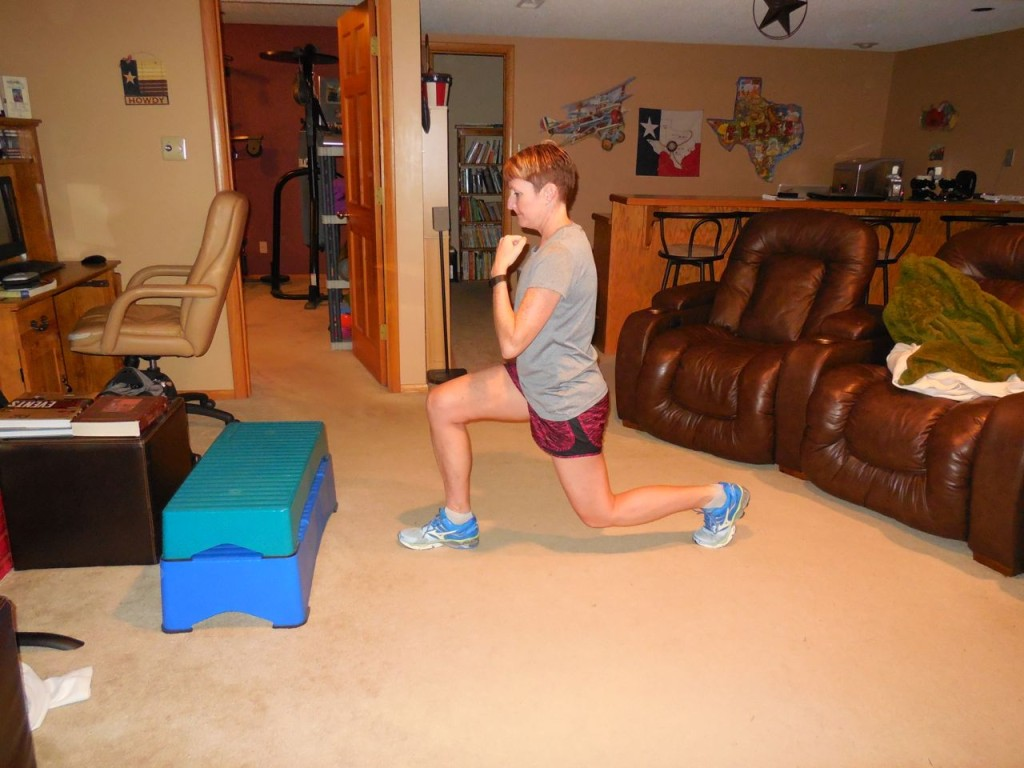 step down and lunge back with the left leg