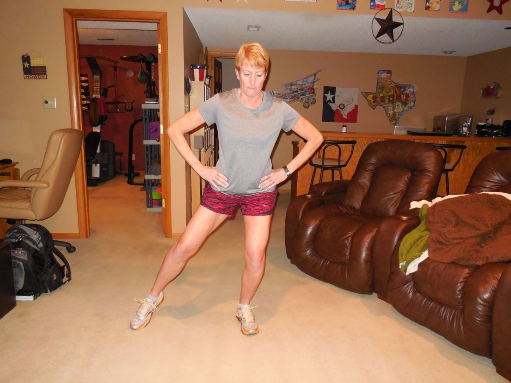 Partial squat with left leg - right leg ready to lift